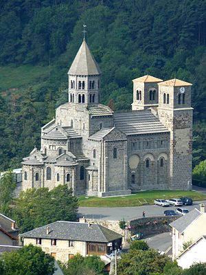 1150s in architecture - Image: St Nectaire 1 2007