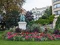 Statue garden (30245929895).jpg