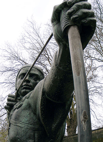 Statue of Robin Hood near Nottingham Castle