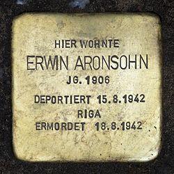 Photo of Erwin Aronsohn brass plaque