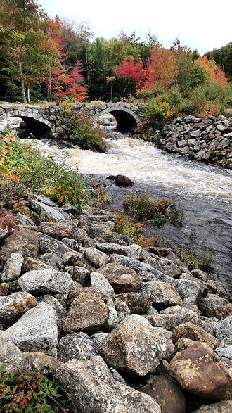 Stoddard, New Hampshire - Image: Stone Arch Bridge Stoddard, NH