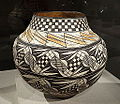 Storage jar (olla), New Mexico, Acoma Pueblo, c. 1890-1910, earthenware and pigment - De Young Museum - DSC00300.JPG