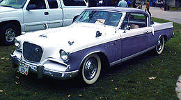 Studebaker Golden Hawk early.jpg