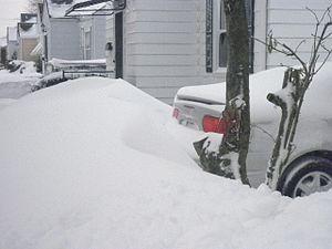 Snowdrift - Image: Tall Snow Drift in Kenosha, Wisconsin
