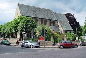 Chesterton Road, Cambridge - St Giles' Church at the southwestern end of Chesterton Lane
