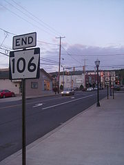 The eastern terminus of PA 106 in Carbondale.jpg