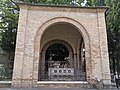 Tomb of Dante 03.jpg