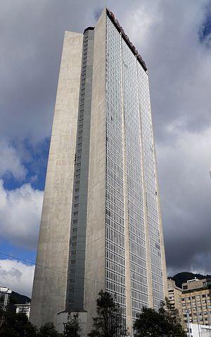 Centro de Comercio Internacional - Image: Torre Centro de comercio Internacional, costado suroeste