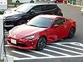Toyota 86 GT (DBA-ZN6-F2E8) front.jpg