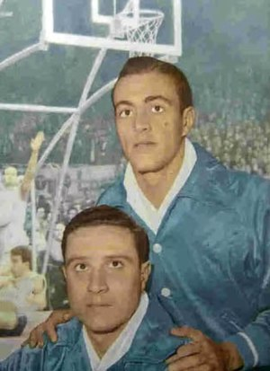History of the Argentina national basketball team - Players Antonio Tozzi (up) and Rubén Mascetti in 1960