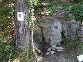 Traccia di San Francesco con impronta miracolosa e cartelli esplicativi - panoramio.jpg