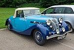 Triumph Dolomite roadster coupé 1940 - front.jpg