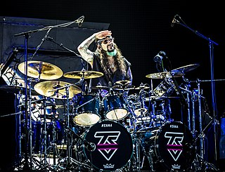 Mike Portnoy American drummer