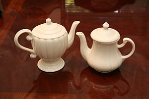 Picture of teapots.