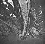 Tyeen Glacier, tidewater glacier terminus and glacial remnents, September 17, 1966 (GLACIERS 5923).jpg
