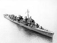 USS Bell (DD-587) off Charleston SC in June 1943.jpg