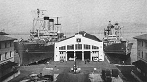 USNS Private Joe E. Mann (T-AK-253) - USS General W.A. Mann (AP-112) and USNS Pvt. J.E. Mann (T-AK-253) c1960