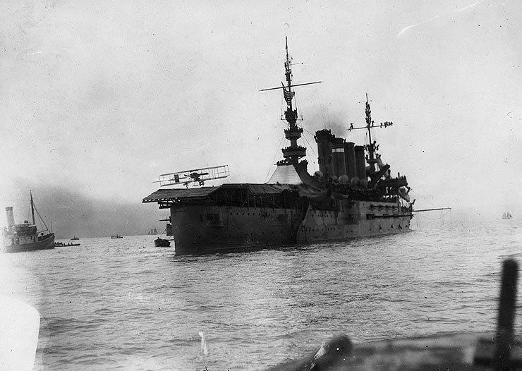 USS Pennsylvania - First airplane landing