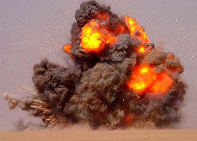 US Navy 020712-N-5471P-010 EOD teams detonate expired ordnance in the Kuwaiti desert.jpg