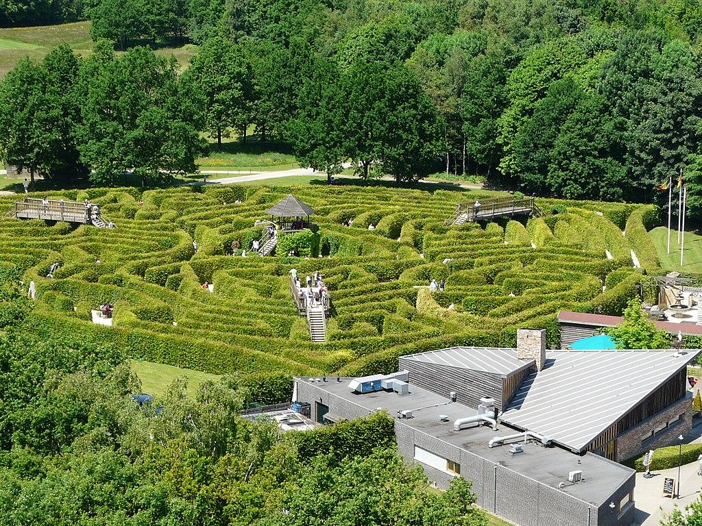 Uitzicht op labyrint 3 landenpunt, Vaals