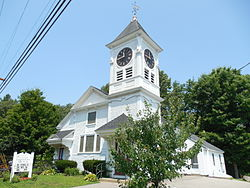 United Methodist Church, East Kingston NH.jpg