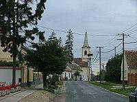 Veszkény Fő utca Keresztelő Szent János születése templom.jpg