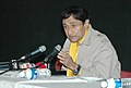 Veteran film star Dev Anand addressing a press conference at Black Box, Kala Academy on the occasion of 37th International Film Festival of India (IFFI-2006) in Panaji, Goa on December 2, 2006.jpg