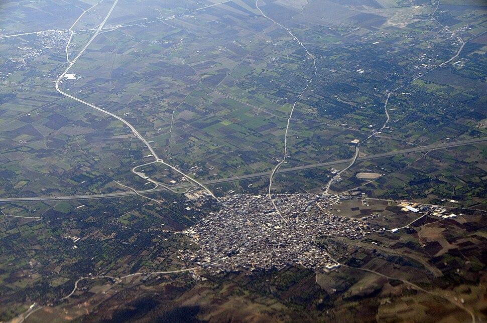 Ville d'El Alia et l'autoroute A4