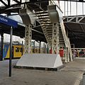 Voetgangersbrug, gezicht op achterkant trap - Geldermalsen - 20341769 - RCE.jpg