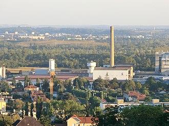 Toray Industries - Image: Vue de l'usine textile et chimique de Saint Maurice de Beynost