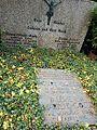 Waldfriedhof Heerstr. Berlin Okt.2016 - 8.jpg