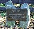 Weilberg Gedenkplakette Hugo Laspeyres.jpg