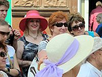 Wiki Party in Moscow 2013-05-18 (City tour; Krassotkin; 06).JPG