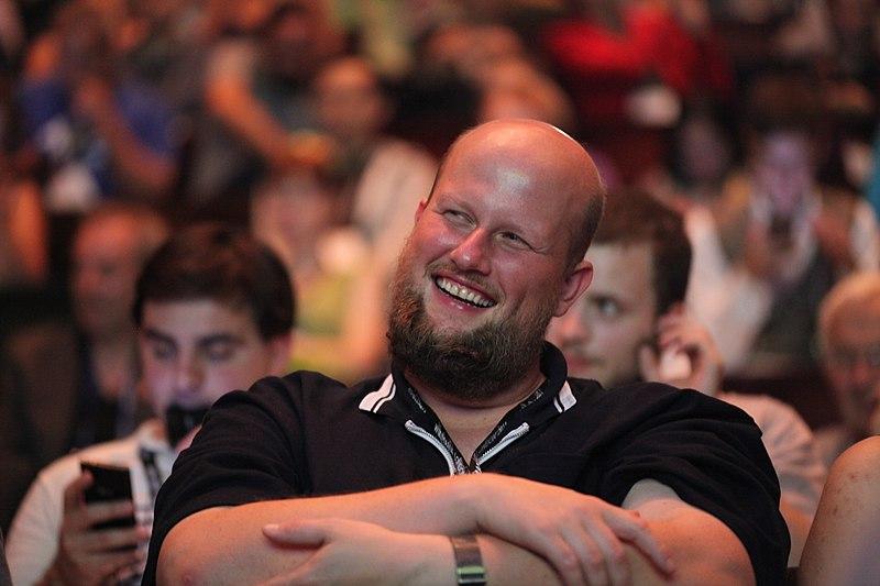 File:Wikimania 2014 by Dschwen 3200.jpg
