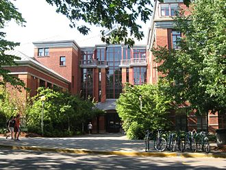 University of Oregon - Willamette Hall, the centerpiece of the Physics department