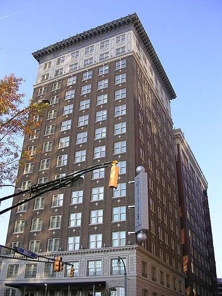 Wellington Hotel New York Haunted