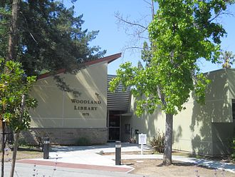 Santa Clara County Library District - Woodland branch library, Los Altos