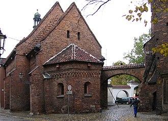 Ostrów Tumski, Wrocław - Image: Wroclaw kosciol sw.Idziego od pl Katedralnego