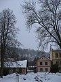 Zámek Komorní Hrádek, pohled z Chocerad 2.JPG
