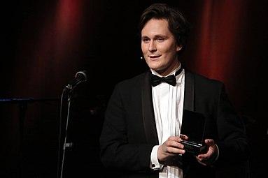 Österreichischer Kabarettpreis 2012 11 Hosea Ratschiller.jpg