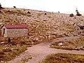 Μηχανοστάσιο του καταφυγίου Δέφνερ - panoramio.jpg