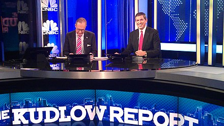 "The Kudlow Report set in 2011 UPEKs S. Lamprinides se ekmpompe ""The Kudrow Report"" se t s CNBC (6168779070).jpg"