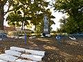 Братська могила радянських воїнів с.Високе 04.jpg