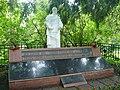 Памятник на братской могиле в Льялово.jpg