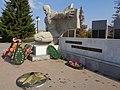 Торец памятника Клятва 111.jpg