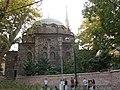 Турция (Türkiye), провинция Стамбул (il İstanbul), Стамбул (İstanbul), р-н Еминёню (ilçe Eminönü, Alemdar) (cd.Alemdar), мечеть (Zeynep Sultan Camii), 18-23 15.09.2 - panoramio.jpg