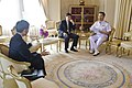 ขณะรอ พลเรือเอก Robert F. Willard ผู้บัญชาการกองกำลังส - Flickr - Abhisit Vejjajiva (1).jpg