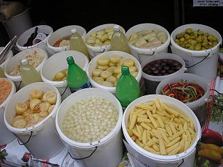 List of links to Wikipedia articles on pickled foods