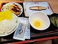 朝食 2017 (36074680054).jpg