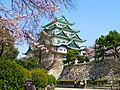 桜と名古屋城(Nagoya Castle with Cherry blossoms) 31 Mar, 2016 - panoramio.jpg